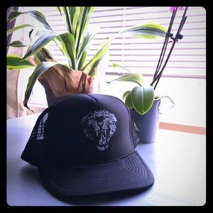 VOLCOM White Tiger 🐯 snapback hat